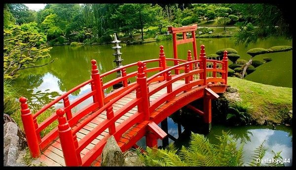 Petit pont de bois rouge - Petit pont en bois ...